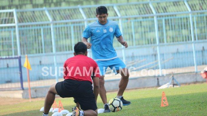 Bursa Transfer Liga 1 2019 - Purwaka Yuhdi Resmi Tinggalkan Arema FC