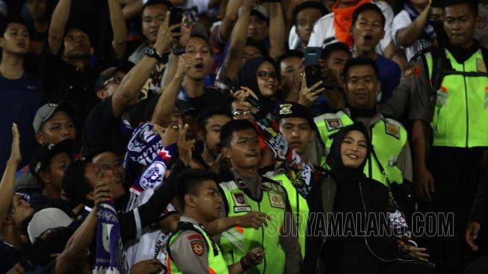 Hasil Skor Sementara Arema Vs Persebaya Final Piala Presiden 2019 Hingga Menit 20 adalah 0-0