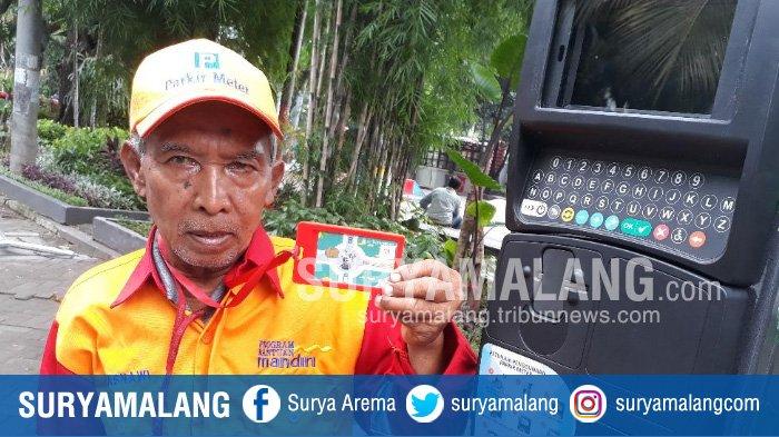 Kakek Juru Parkir di Taman Bungkul Surabaya Bisa Pergi Haji Dua Kali, Kok Bisa? Simak Kisahnya