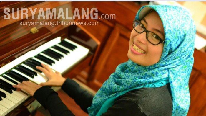 Astari Noor Pratiwi Pilih Banting Setir dari Farmasi ke Musik
