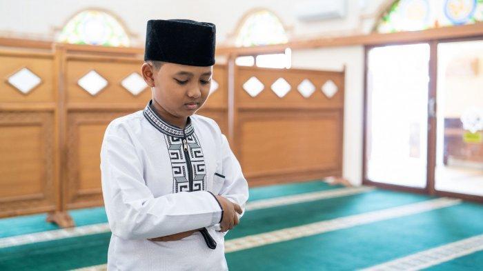 Bacaan Niat dan Tata Cara Sholat Tahajud di Bulan Ramadan Lengkap Doa Rasulullah, Simak Keutamaannya