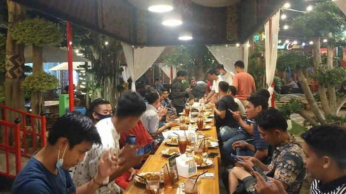 Paket Pak Rahmat dan Buk Rahmat di Bani Food Court Pamekasan, Harga Murah Tapi Kualitas Bintang Lima