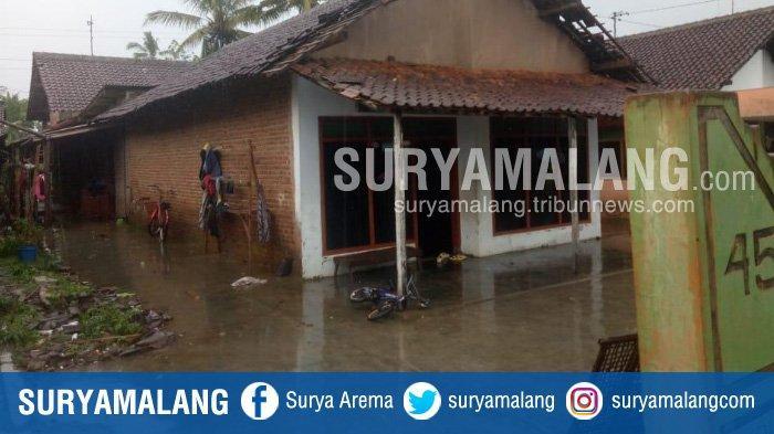 Hujan dan Angin Kencang Akibatkan Atap Rumah Warga di Kalipare Kabupaten Malang Rusak