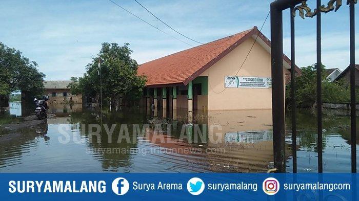 Banjir di Tanggulangin Semakin Tinggi, Selain Karena Hujan Deras Warga Menilai Permukaan Tanah Turun