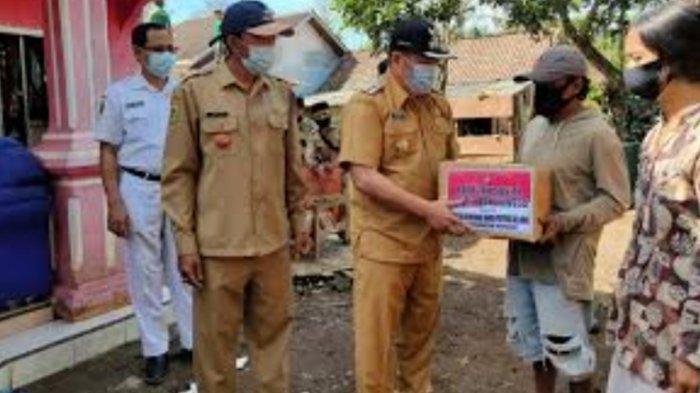 34 Rumah Rusak Disapu Angin Puting Beliung, BPBD Bondowoso Berikan Bantuan