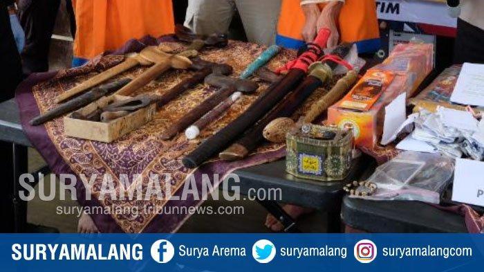 Dukun Gadungan Beraksi di Malang, Tak Mandi Setahun dan Ngaku Bisa Datangkan Keris Seharga Rp 1 T