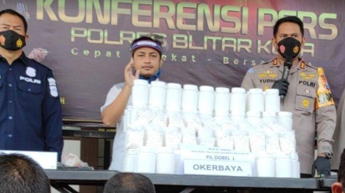 Polisi Blitar Tangkap Kurir Narkoba Jaringan LP Madiun, Sita Pil Dobel L Seharga Rp 225 Juta