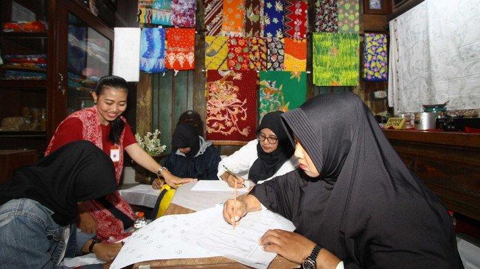 Usulan Musrenbang, Disnaker Kota Malang Latih 40 Warga Membatik