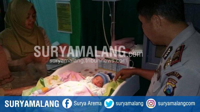 Cari Rumput, Warga Gedangan Kabupaten Malang Temukan Bayi Laki-Laki
