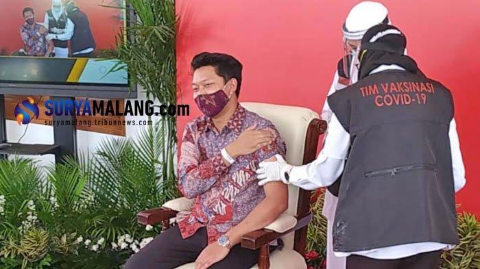 172 Ribu Warga Surabaya Sudah Ikuti Vaksinasi Covid-19, Mulai Lansia, Guru, hingga Pelayanan Publik