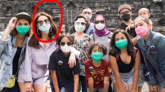 Penampakan Kaki BCL Disorot saat Pakai Hotpants di Borobudur, Harga Tasnya Setara Motor Ninja