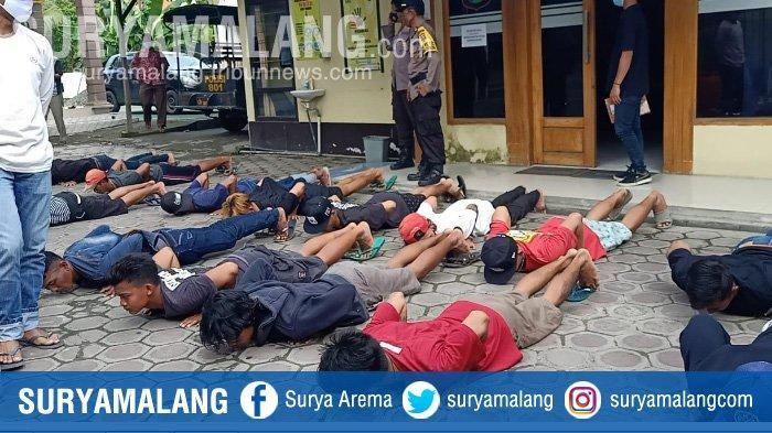 Polsek Karanggeneng Ciduk Belasan Pemuda saat Gelar Pesta Miras di Warung Desa Sumberwudi Lamongan