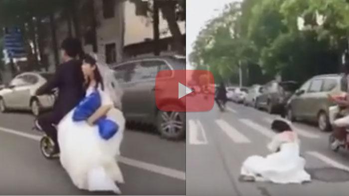 VIDEO : Lihat Sikap Suami ini saat Istri Terjatuh dari Sepeda Motor, Bikin Ngakak
