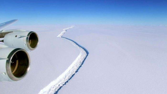 Lempeng Es Raksasa Mencair, ini Dampaknya Bagi Kehidupan di Bumi
