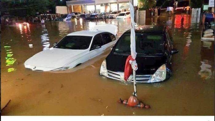 Mobil Mogok Karena Banjir? Tenang, Ini 3 Hal yang Perlu Anda Dilakukan, Nomor 2 Sering Terlewat