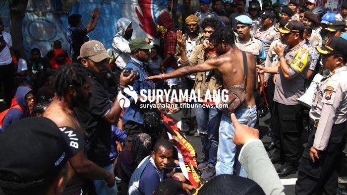 Gubernur Jatim Telepon Mohon Maaf pada Gubernur Papua dan Wagub Papua Barat