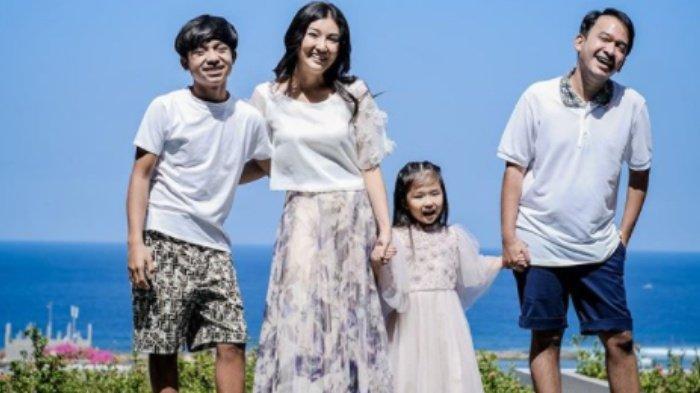 Putri Ruben Onsu dan Sarwendah di Buat Ketakutan Betrand Peto Saat Main Hoverboard: Pusing Onyo