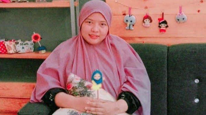 Bidari Nuri Membangun Bisnis Pembuatan Boneka Flanel Dari Hobi