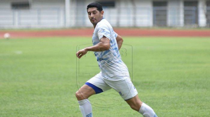 Biodata Esteban Vizcarra, pemain Persib Bandung yang siap main di kompetisi Piala Menpora.