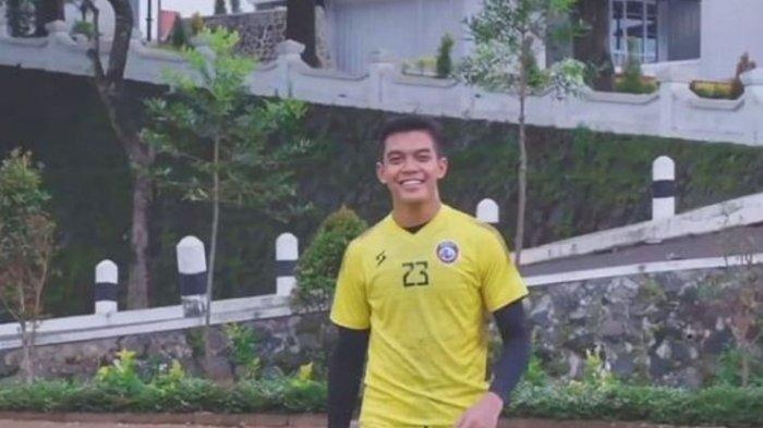 Biodata Teguh Amiruddin, Kiper Arema FC yang Siap Tampil Profesional di Piala Menpora, Ini Jejaknya