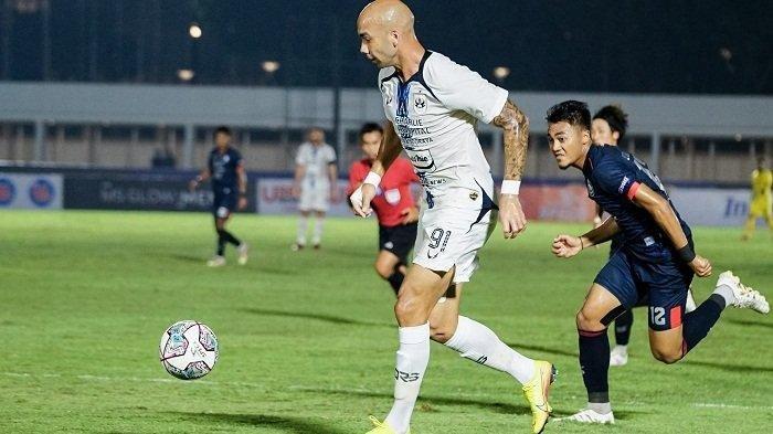 Bruno Silva saat laga melawan Arema FC Sabtu 25 September 2021