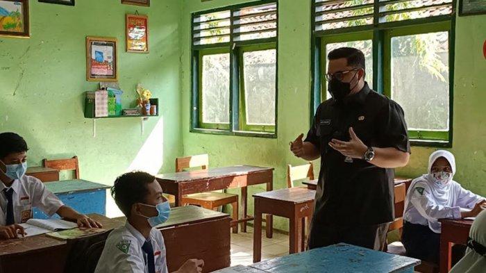 Mas Dhito Instruksikan Segera Laksanakan Vakasinasi Covid-19 untuk Pelajar Kabupaten Kediri