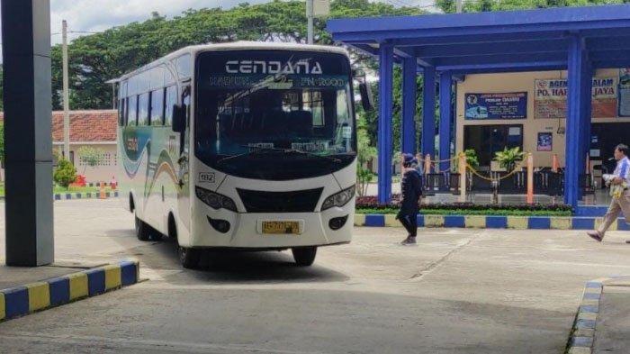 200 Bus AKDP dan AKAP di Ponorogo Terdampak Larangan Mudik Lebaran 2021