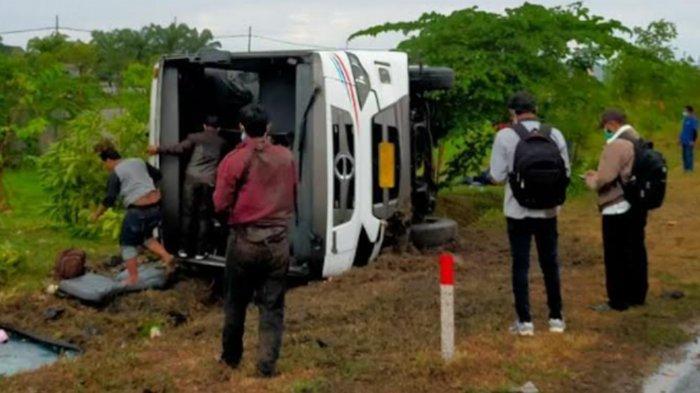 Kronologi Bus Tentrem Terguling di Tol Waru Sidoarjo