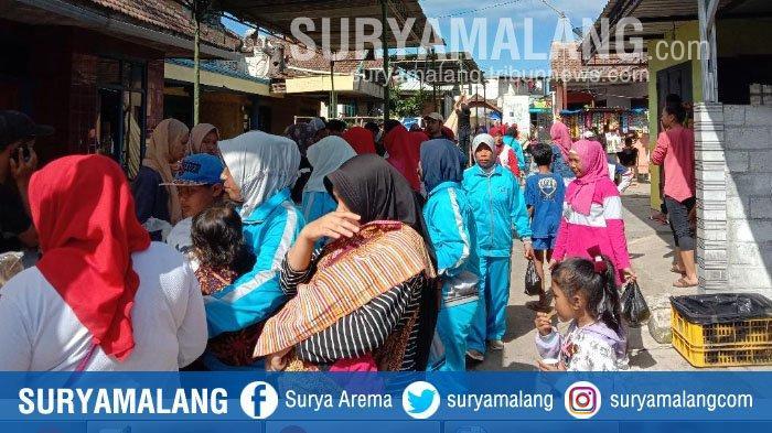 Car Free Day Unik di Pujon, Kabupaten Malang, Pengunjung Bisa Transaksi Pakai Balok Kayu