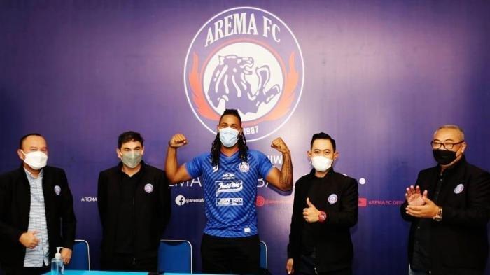 Pakai Nomor Punggung 9 di Arema FC, Carlos Fortes Diharapkan Jadi Striker Haus Gol dan Raih Top Skor