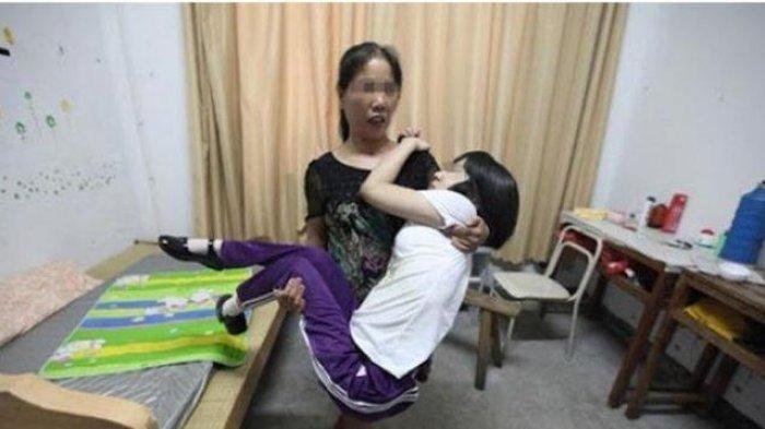 Cinta Terlarang Gadis Lumpuh Berbuat Dosa di Belakang Ibu Sampai Hamil, Kini Nyawanya Terancam