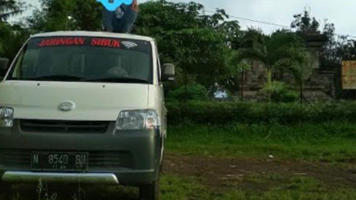 Daihatsu Gran Max Hilang saat Diparkir di Perumahan Permata Jingga Malang, Pelaku Terekam CCTV