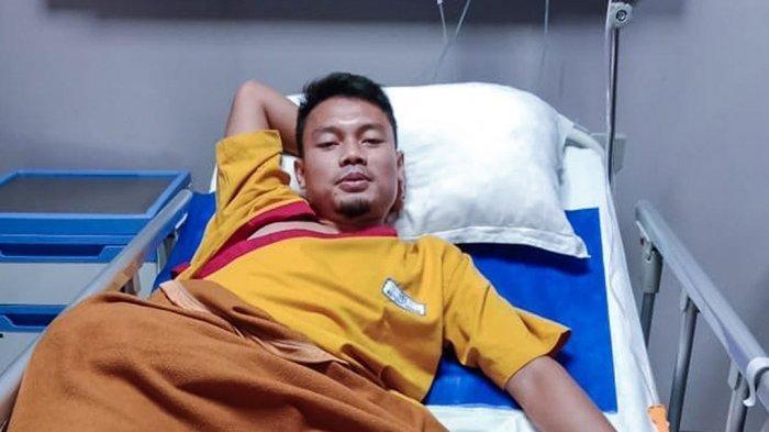 Kondisi terkini gelandang Persib Bandung, Dedi Kusnandar di RS JIH , ia yang dikabarkan bakal menjalani CT Scan.