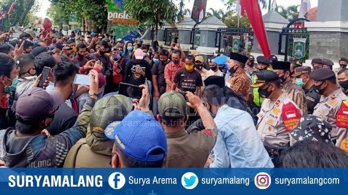 Ratusan Pekerja Seni Bertemu Ketua DPRD Kabupaten Malang, Perjuangkan Nasib Saat Pandemi Covid-19