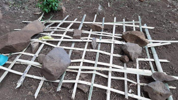 Kuburan Ibu di Probolinggo akan Dicor Beton agar Jasadnya Tak Diangkut Lagi oleh Anaknya yang Kangen