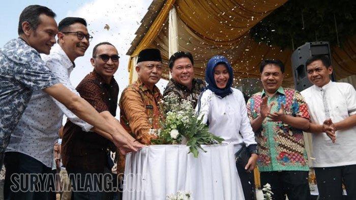 Pasar Rakyat Modern Pertama di Kabupaten Malang Terletak di Desa Pandanlandung Kecamatan Wagir