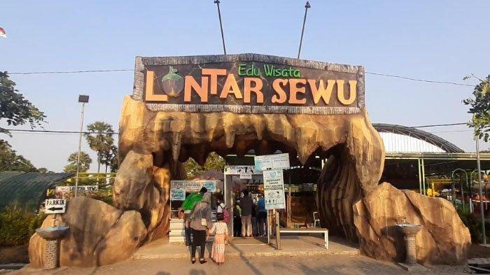 Ngabuburit di Desa Wisata Lontar Sewu Gresik, Sawah dan Pohon Lontar Jadi Spot Foto Instagramable