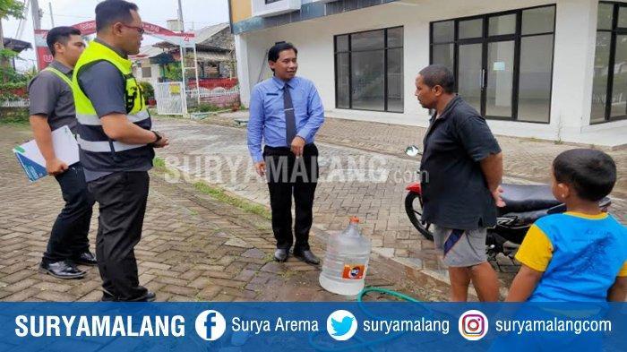 Dirut PDAM Kota Malang Pastikan Warga Sudah Teraliri Air, Datangi Perumahan BTU