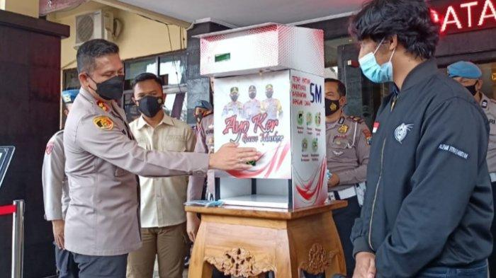 Sosok Mahasiswa UB yang Buat Dispenser Masker di Kota Malang, Teknologi Tanpa Sentuhan Tangan