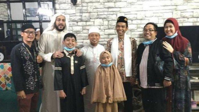 Foto kebersamaan UAS dan Syekh Ali Jaber