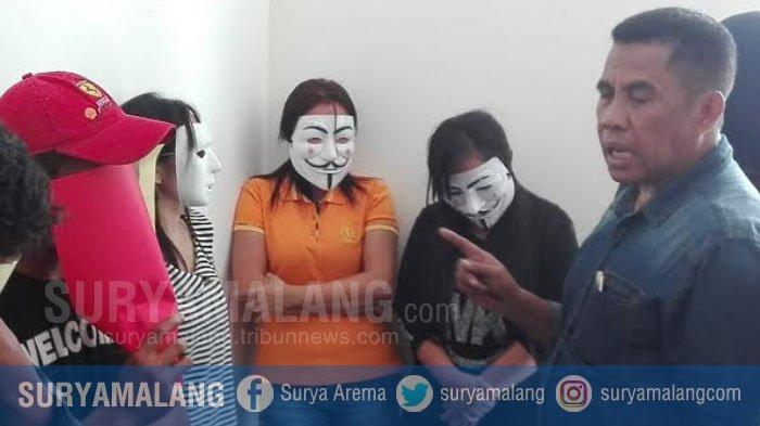 Bisnis Esek-Esek di Gang Dolly Surabaya Ternyata Masih Ada, Ini Buktinya . .