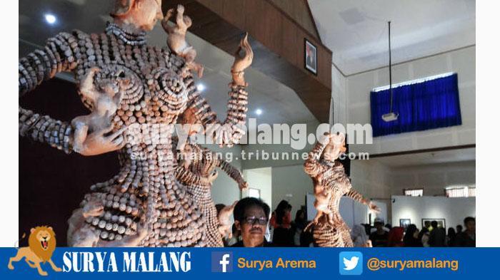 Dosen UM Sajikan Patung Keikhlasan Ibu di Pameran Art East Ism