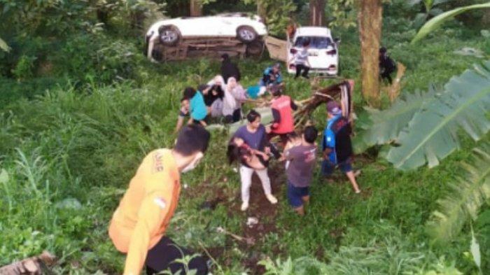 UPDATE Mobil Avanza dan Mobilio Masuk Jurang di Jalan Sendi Cangar-Pacet, Bayi 10 Bulan Jadi Korban