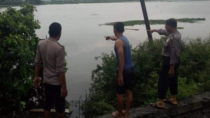 Seusai Main Bola, 2 Pelajar Tewas Tenggelam di Rawa Lamongan