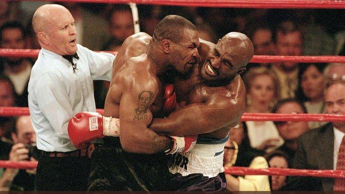 Fakta Seputar Mike Tyson Gigit Telinga Holyfield dalam The Bite Fight, Minta Maaf Setelah 12 Tahun