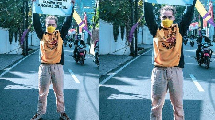 Aksi Dul Jaelani Duduk Tanpa Baju di Jalanan Depan Monas, Anak Maia Estianty Bahas Undang-Undang
