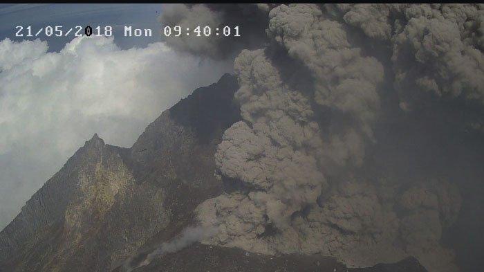 Erupsi Gunung Merapi Terjadi Dua Kali Beruntun Malam Ini, Berita Hoax Banyak Menyebar