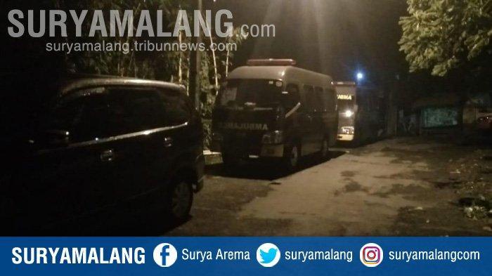 UPDATE Proses Evakuasi 3 Anggota Brimob yang Tewas Disambar Petir di Gunung Ringgit Pasuruan