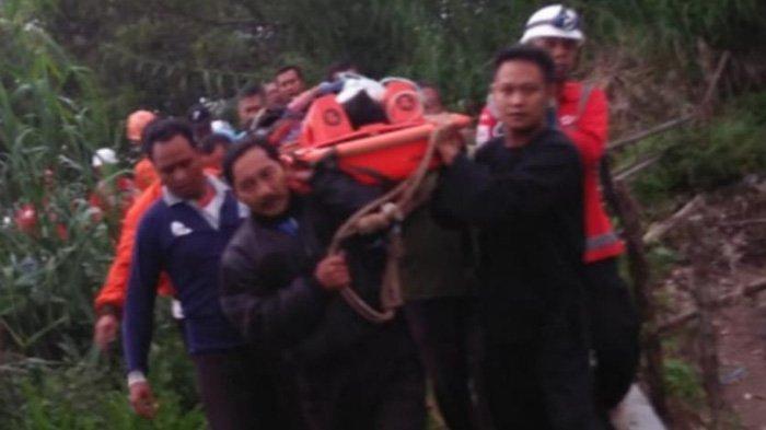 Perbaiki Pipa, Staf PDAM Magetan Terperosok ke Jurang Sedalam 400 Meter di Lereng Gunung Lawu