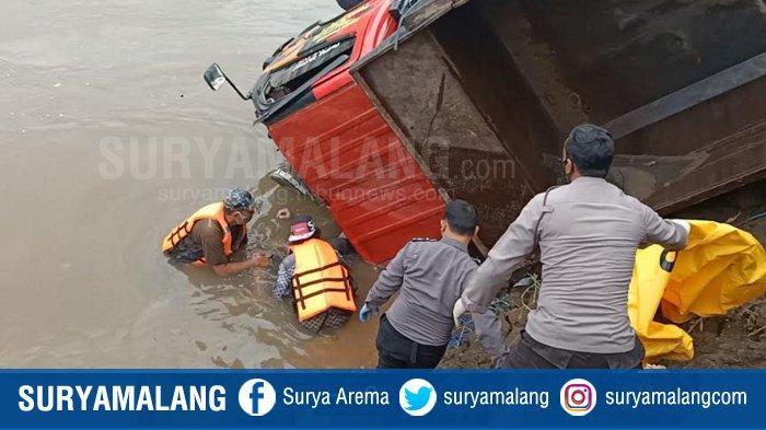 Polres Kediri Selidiki Kecelakaan Maut Truk Pasir di Tambang Liar Sungai Brantas Kecamatan Mojo